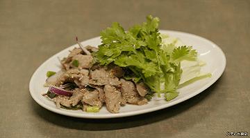 孤独のグルメ8料理 肉サラダ