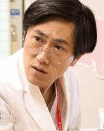 アンサングシンデレラ キャスト六角慎司
